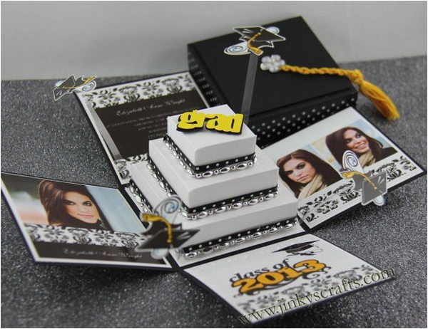 creative graduation invitation ideas