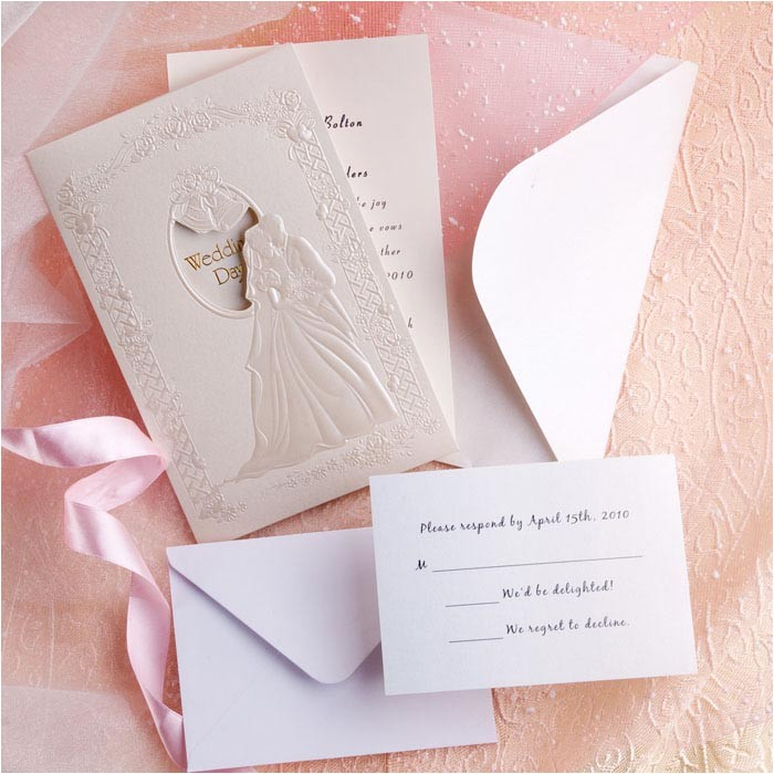 difference of modern and classic wedding invitations