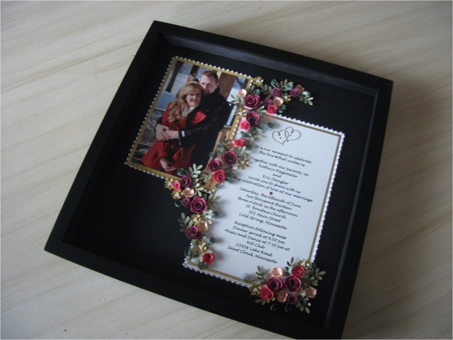 paper quilled wedding invitation picture