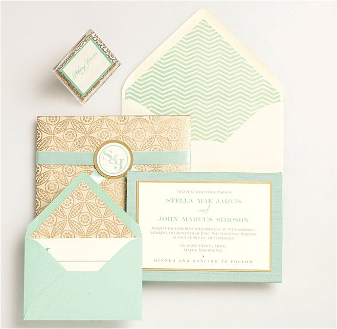 hot wedding trends for 2013 1 the color mint