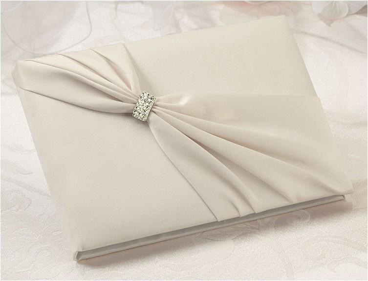 elegant wedding invitations for beautiful wedding ceremony