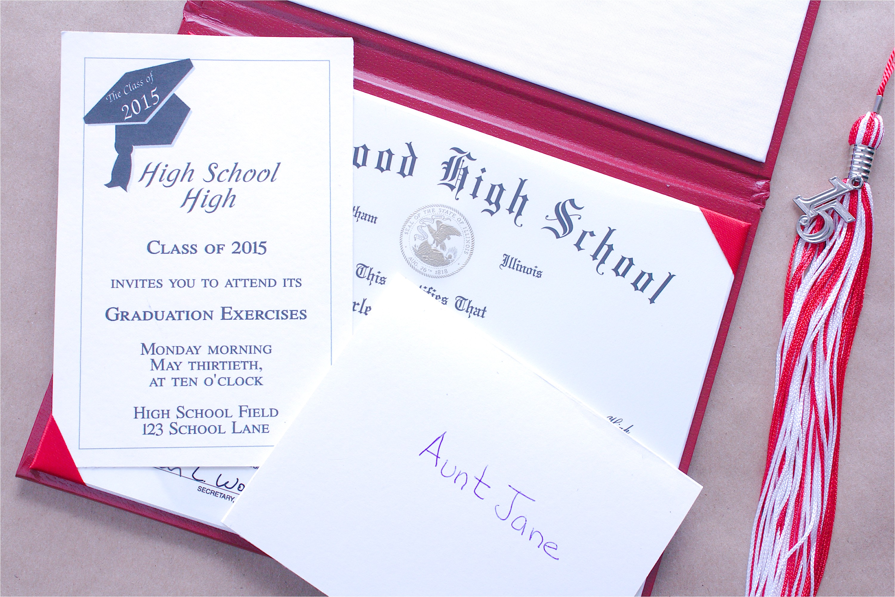 how to put together graduation announcements 12082785