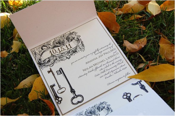 vintage style skeletonkey wedding invitation